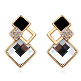 Bordeaux Earrings Embellished with Crystals from Swarovski -CLR